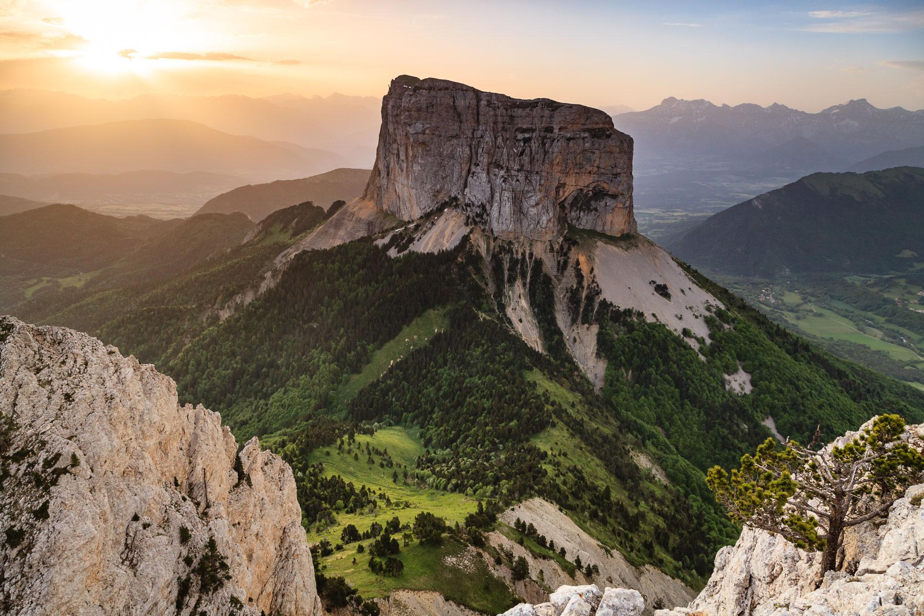 Mont Aiguille depuis les Rochers du Parquet