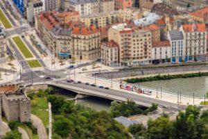 Tramway à la Porte de France